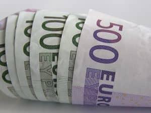 money-1211956-m