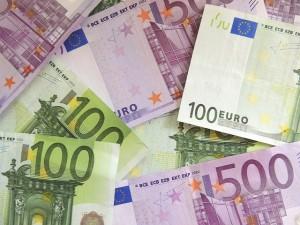money-171539_640-300x225