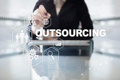 Outsourcing w zarzadzaniu firma